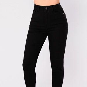 HR Skinny Jeans